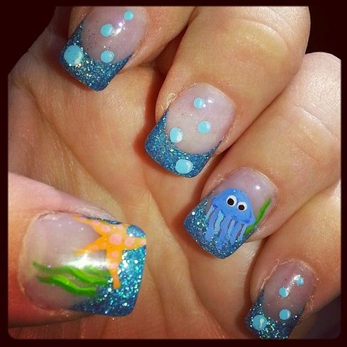 Left hand of the sea creatures
