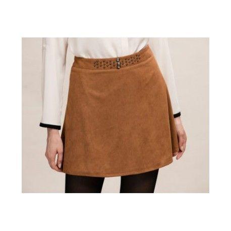 Mini falda con tachuelas