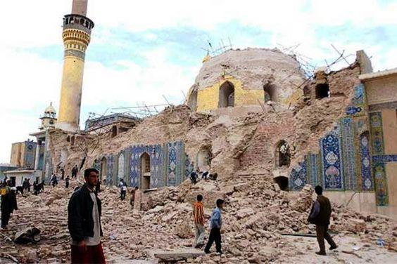 La Mezquita o Santuario Al Askari – Samarra, Irak (construida en 944). Es uno de los sitios sagrados de la corriente chií del Islam, y una de las mezquitas más importantes del mundo. En 2006, durante la Guerra de Irak, explosiones destruyeron la cúpula dorada. En 2007 sus dos minaretes fueron destruidos en otro atentado. Una posible conspiración para provocar una guerra civil en el país.
