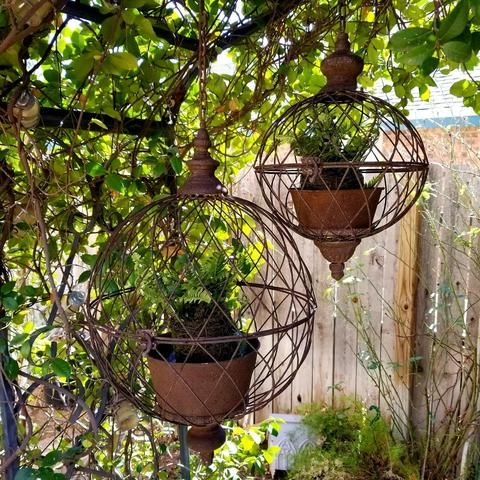 Rustic Style Hanging Orb Flower Pot Planters Come With Removable Pots For Easy Planting And An Antique St Hanging Basket Garden Garden Planters Hanging Baskets