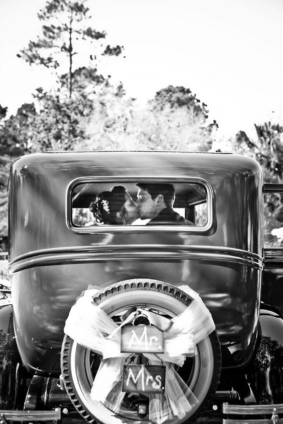 Old fashion car from Magnolia Plantation Wedding Photos
