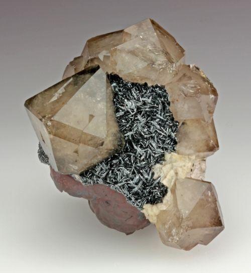 Quartz with hematite and dolomite: Gemstones Minerals, Gems Minerals, Minerals Crystals Gems, Crystals Stones, Gemstones Rocks, Crystals Minerals, Crystals Gemstones, Crystals Gems Rocks, Crystals Rocks Minerals