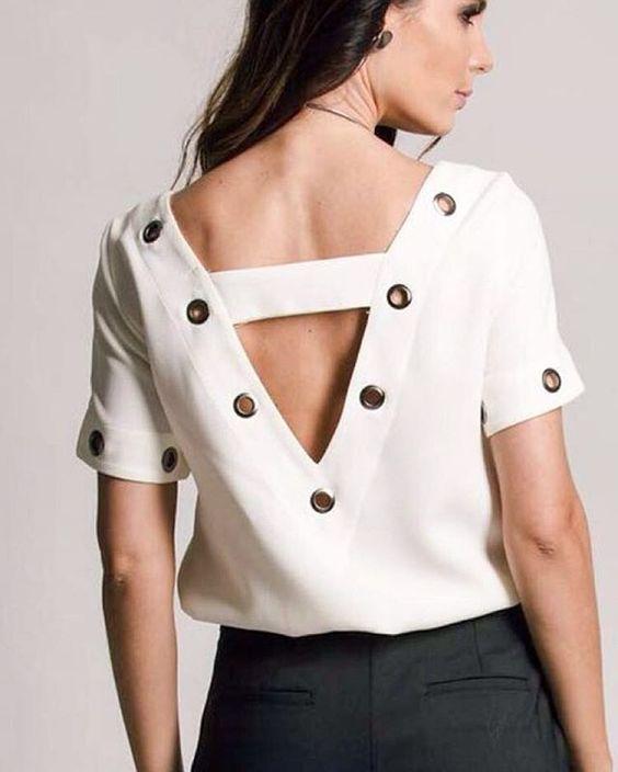 ILHÓS! Blusa da coleção nova com detalhes que fazem a diferença. Um charme! #musthave #ilhos #newcollection #fashion #cute #moda