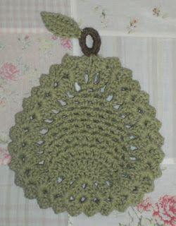 The Left Side of Crochet: Pear Trivet