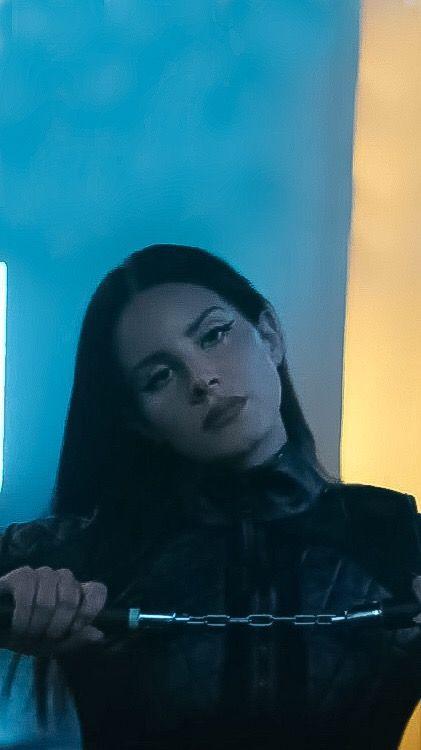 Lana Del Rey Iphone Wallpaper 2019 Don T Call Me Angel Lana Del Rey Planos De Fundo Wallpaper