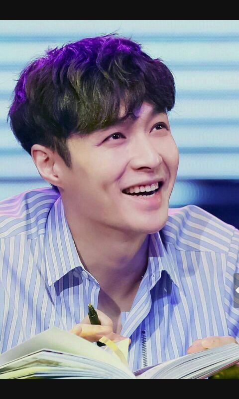 احببت جونغكوك Exo Lay Exo Kyungsoo Yixing Exo