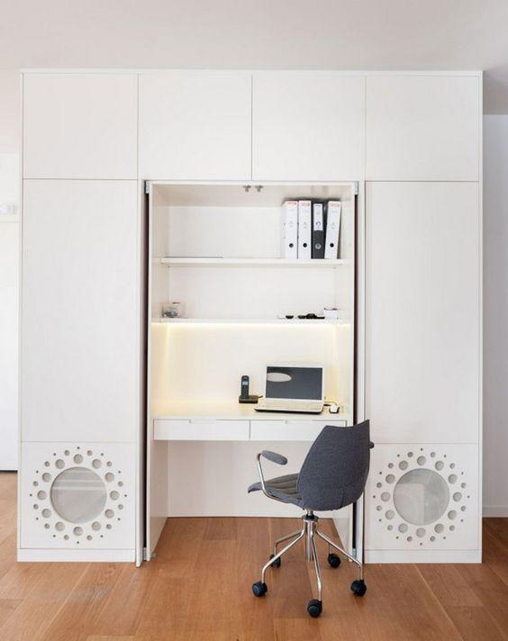 A Renovated Family Apartment In Tel Aviv | See the best design news at www.delightfull.eu/en/news/