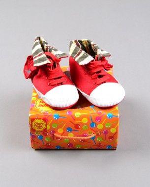 Playero bota con estampado interior marca Chupa Chups y talla 17 http://www.quiquilo.es/catalogo-ropa-segunda-mano/playero-bota-con-estampado-interior-en-color-rojo-marca-chupa-chups.html