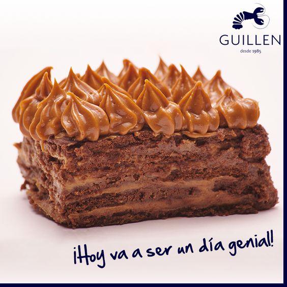 Estamos preparando el nuevo menú para ustedes! Que piensan, ¿deberíamos mantener nuestra famosa choco torta en el menú?   Tene en cuenta que cuando se come una, es imposible no tener un día genial! ;)