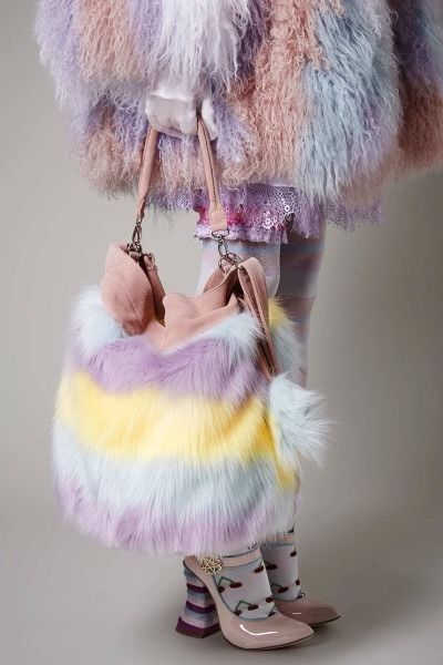 BNWT MEADHAM KIRCHHOFF TOPSHOP FLUFFY PASTEL MULTICOLOURED FAUX FUR SUEDE BAG @}-,-;--