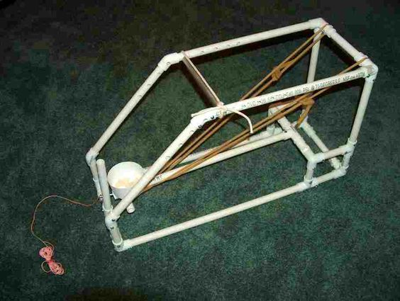 Water balloon launcher catapult and water balloons on for Homemade pipe ideas