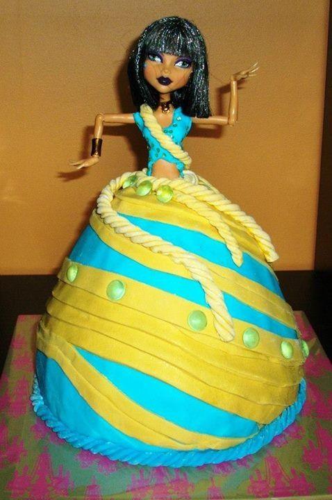 Cleo de Nile Birthday cake