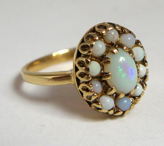 VINTAGE 14K YELLOW GOLD LADIES OPAL COCKTAIL RING #Cocktail