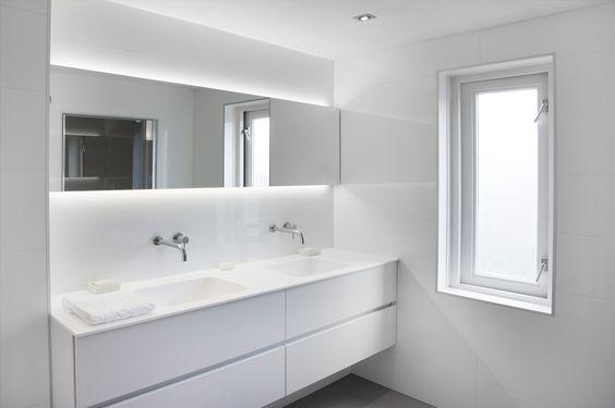 Badkamer Renovatie Venlo ~   badkamer Deze badkamer, gerealiseerd door De Jong Sanitair