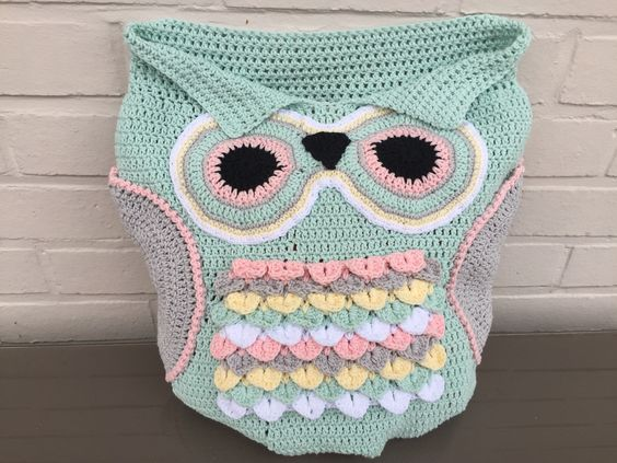 Baby uil slaapzak  http://www.ravelry.com/patterns/library/245--owl-cocoon-baby-245