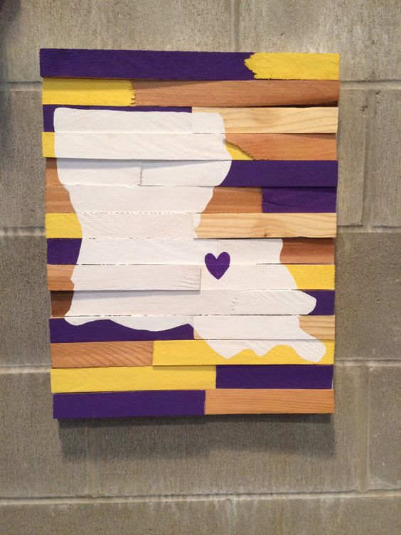 College Wall Hanging - Louisiana States University
