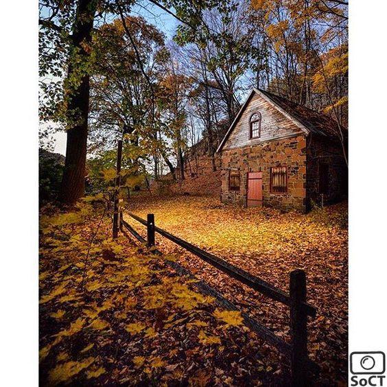 Connecticut  ✨ Photographer  @caprimariah  #ScenesofNewEngland  Pic of the Day  11.05.15 ✨ C o n g r a t u l a t i o n s ✨ ------------- #scenesofCT #newhavenCT #nhv  #connecticut_potd #eliwhitneymuseum  #eastrockpark #cabininthewoods  #connecticut_fallfoliage  #ig_ct #instaconnecticut  #fallinCT #a...