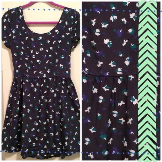 Keds Blue Floral Dress  US Size MEDIUM. Comfy Keds brand dress.  Navy blue with floral  pattern. Has side zipper and elastic along back. Back has cute bow detail *please notice bow in pic, as the Stitching came untucked for a corner of the bow, but can easily be pinned or fixed*  Feel free to ask any questions Offers welcome  keds Dresses