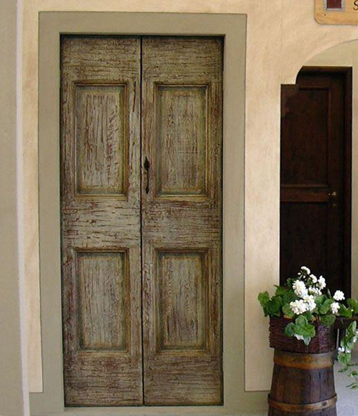 ... porte interne classiche in massello rustico realizzato con legno