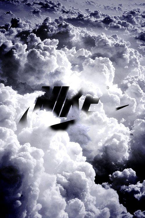NIKEと雲