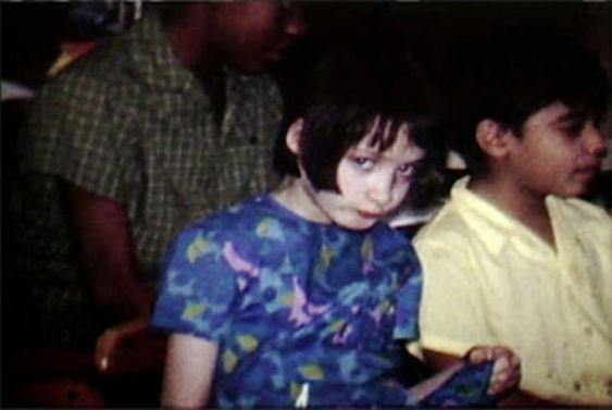 13 jaar oud vastgebonden aan een stoel: het trieste verhaal van het meisje Jeanie Wiley