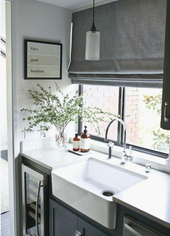 faltrollo grau fenster sichtschutz küche