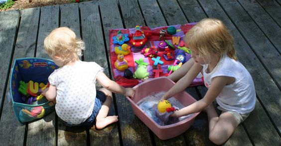 Mẹo hữu ích để đồ chơi của con luôn sạch sẽ và an toàn