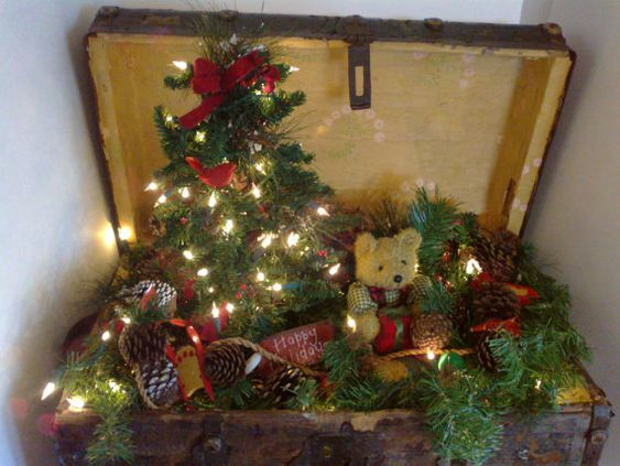 Antique Christmas Trunk with Christmas tree and by colonialcrafts