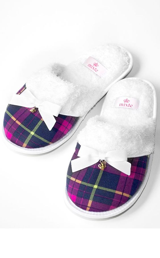 Top Flat Slippers
