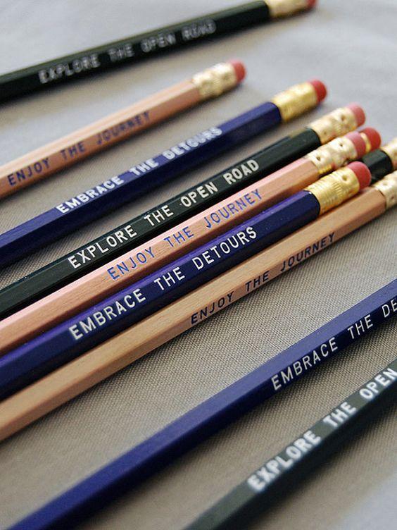 Lápis que falam por ti :) #escrever #frases http://bicho-das-letras.blogspot.pt/2016/08/lapis-com-mensagens-especiais.html