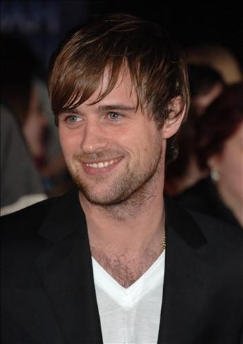 Jonas Armstrong - star of the BBC's Robin Hood. Isn't he beautiful.