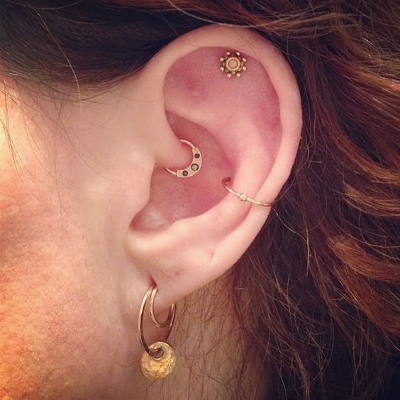 I really like the top cartilage one. Too bad I'm allergic to anything except surgical steel