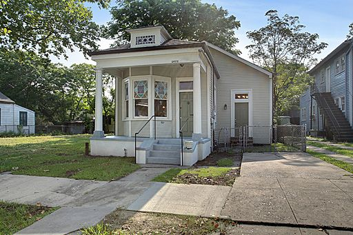 south orleans singles Browse our new orleans, la single-family homes for sale view property photos and listing details of available homes on the market.