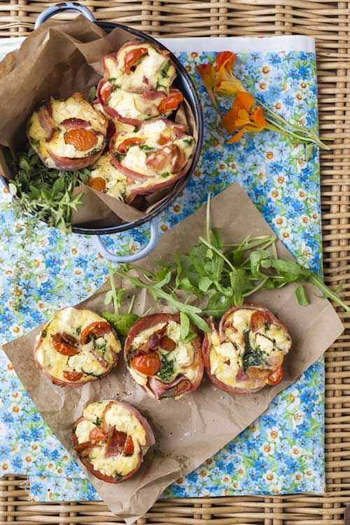 Whip up these tasty crustless quick ham quiches in a snap - perfect for picnics or lunch boxes!