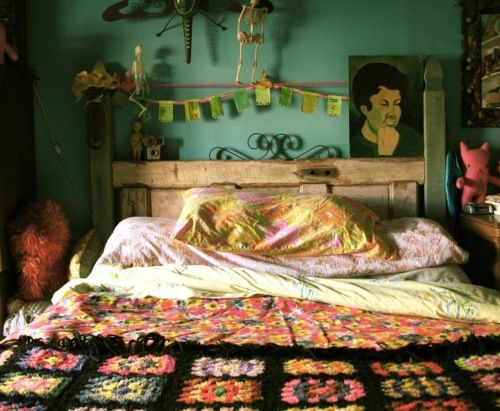 bedroom, quilt, crochet, calm, comfortable, cohesive colors, decorative