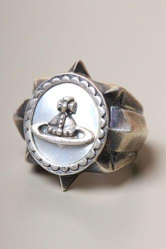 <ヴィヴィアンの指輪>で個性的で華やかなオシャレ手元に!