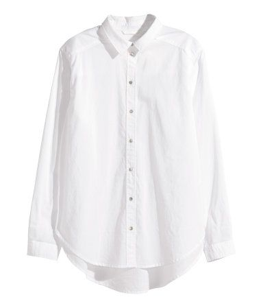 Straight-cut shirt in airy cotton fabric with a narrow turn-down collar. Pearlescent buttons at front, long sleeves, and rounded hem. Slightly longer at back.