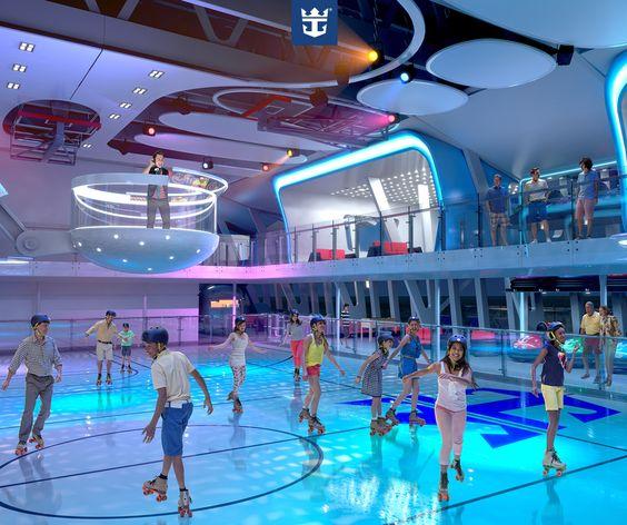 #quantumoftheseas O Seaplex, maior espaço multiuso a bordo de um navio de cruzeiro e que estará disponível no Quantum of the Seas, é realmente incrível! Ali, além de pilotar carrinhos bate-bate, jogar basquete e participar de diversas atividades, dá pra curtir umas voltinhas de patins ao som de um DJ que fica em uma cabine flutuante! :)