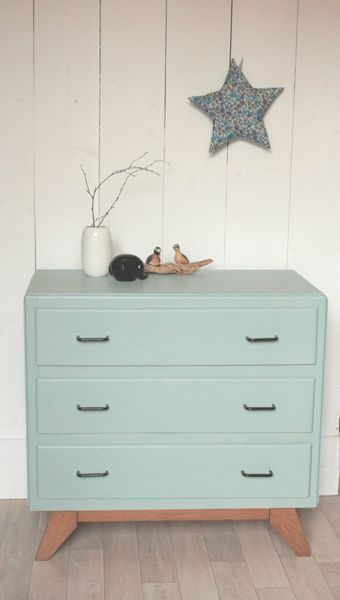 commode ann es 50 bleu clair pi tement ch ne trendy little diy pinterest. Black Bedroom Furniture Sets. Home Design Ideas