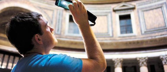 Smartphones e tablets ganham espaço na mala oferecendo serviços essenciais aos viajantes