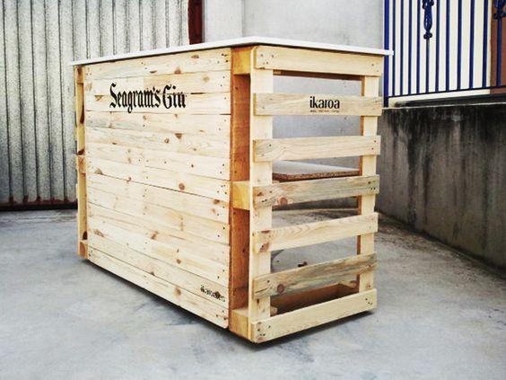 Mesa mostrador realizado con palets for Mobiliario rustico para bares