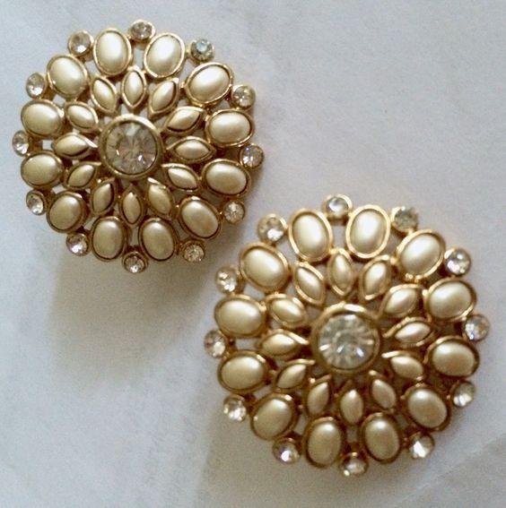 Vintage pearl and rhinestone earrings gorgeous style.