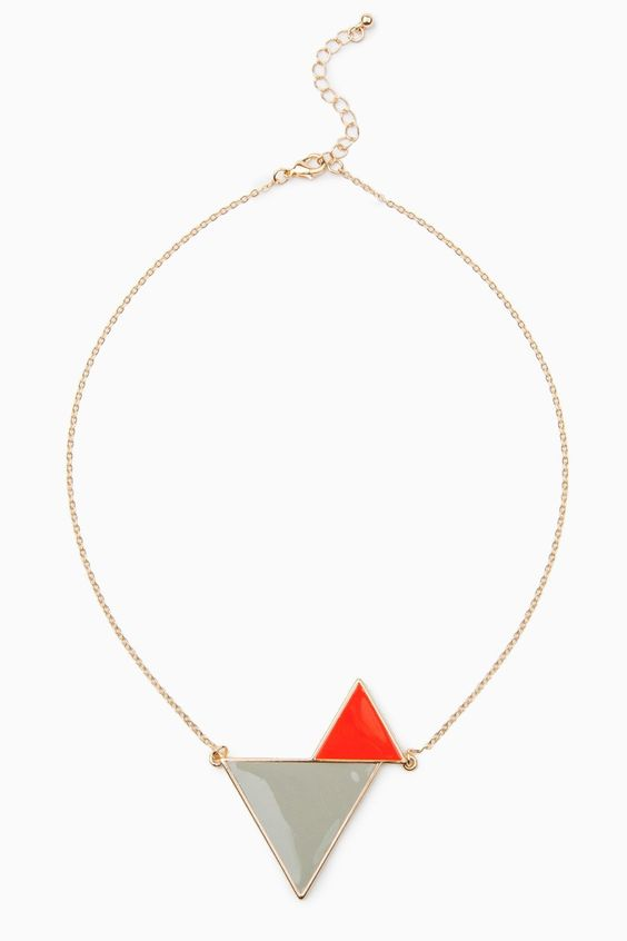 Triangles Meet Necklace / ShopSosie #double #triangle #pendant #necklace #accessories #shopsosie