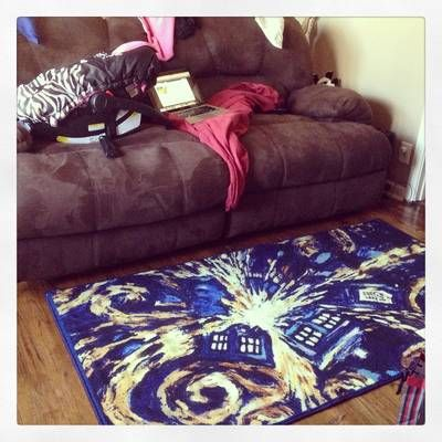 ThinkGeek :: Doctor Who exploding TARDIS Rug
