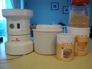 A HEALTHY white flour substitute ... it even works in SUGAR COOKIES!  Click through to check out the results.  Yum!