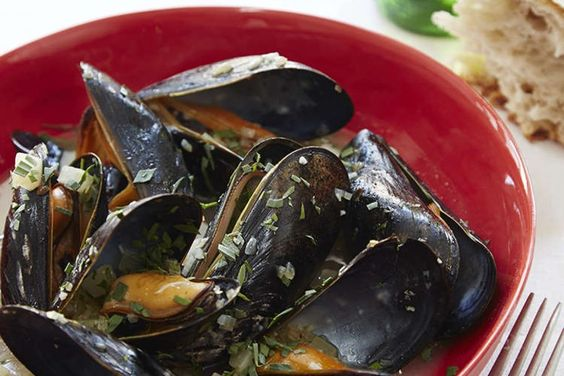 Mussels with Fennel and Italian Beer Recipe by Giada De ...