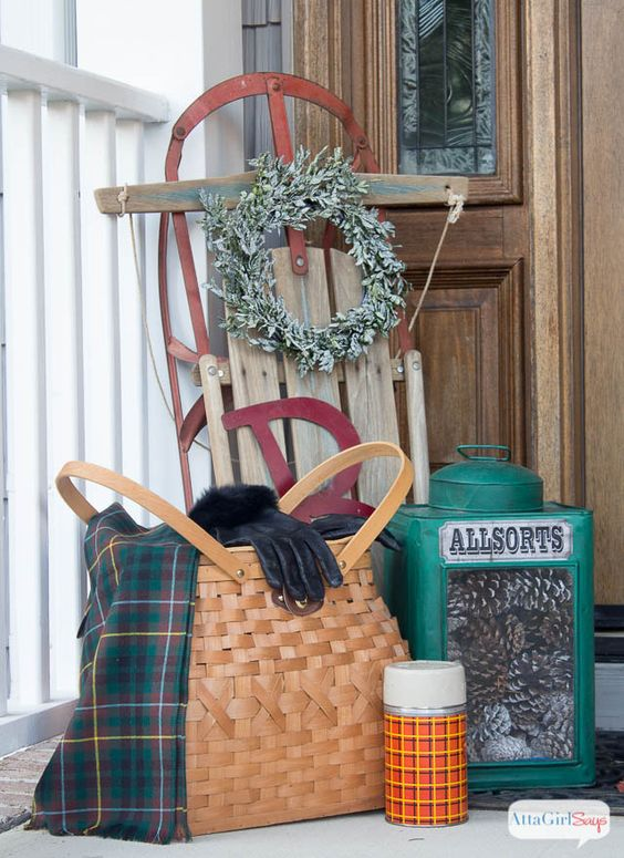 Cozy Winter Decorating Ideas For The Front Porch Warm