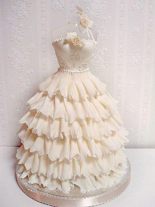 Gâteau de robe de mariée