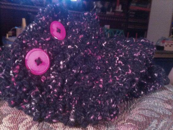 black and pink cowel