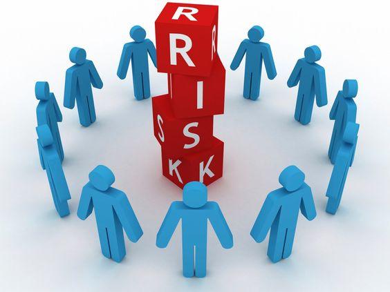 http://www.forex4you.org/?affid=eb82598  Методы управления рисками  Работая на рынке Форекс, инвестор имеет цель приумножить свой капитал, однако каждый имеет определенный уровень риска в виде потерь. Потери могут касаться не только потенциальной прибыли инвестора, но и тех денег, которые были вложены в капитал. Риск на валютном рынке определяется отклонением от средней доходности, ожидаемой инвестором.  От такого отклонения могут зависеть и прибыль, и убыток. Прогнозы форекс.  Управление…